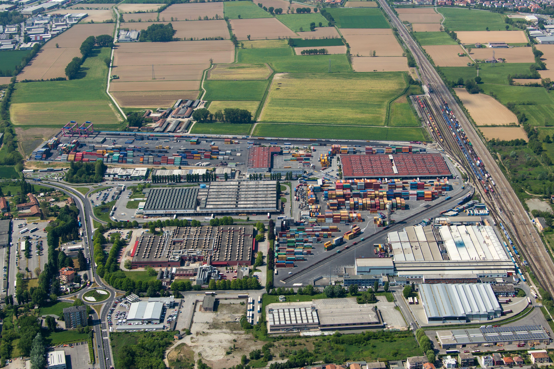 Grasso contship gestisce il container dal porto alla for Dove ha sede il parlamento italiano