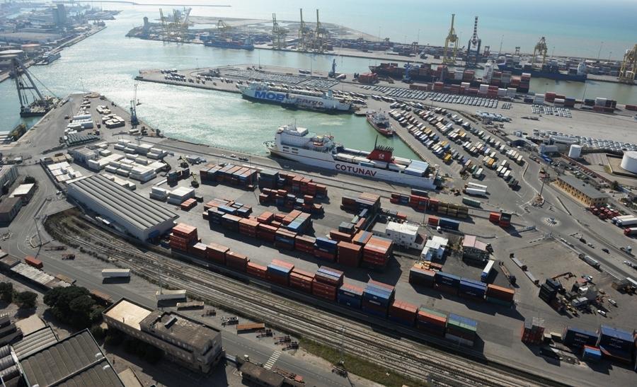 Porto Livorno terminal Lorenzini