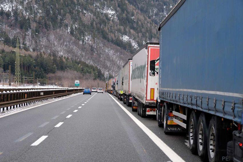 Tirolo Blocco circolazione nerci Brennero