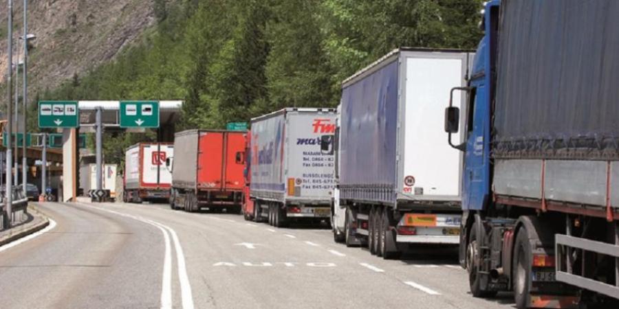 Fila camion Brennero